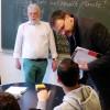 Deutschlehrer gesucht