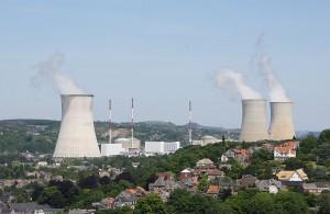 Die Stilllegung des umstrittenen belgischen Kernkraftwerkes in Tihange, nur 60 Kilometer von Aachen entfernt, ebenso des AKW Doel bei Antwerpen, fordert nun auch die Landschaftsversammlung des Landschaftsverbandes Rheinland. Foto: Hullie/Wikipedia