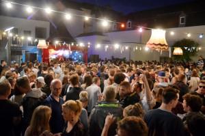 Tausende Besucher strömten zum Musik Marathon in die Eupener Innenstadt und verwandelten das Zentrum der Deutschsprachigen Gemeinschaft in ein großes Festivalgelände. Foto: Simon Horsch/pp/Agentur ProfiPress