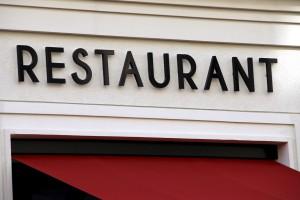 Wer mit dem Gedanken spielt, einen gastronomischen Betrieb zu übernehmen, kann sich bei der IHK Trier beraten lassen. Foto: AR.Pics/Pixelio/pp/Agentur ProfiPress