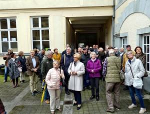 Rund 45 Freunde und Förderer des Tuchmuseums Kuchenheim entdeckten unter der sachkundigen Führung von Professor Dr. Frank Günter Zehnder die ostbelgische Stadt Verviers. Foto: Privat/pp/Agentur ProfiPress