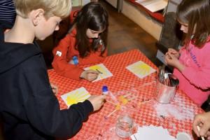 Das Burgenmuseum Nideggen lädt im Juli zu mehreren Kulturveranstaltungen für Jung und Alt ein. So steht am 30. Juli das Thema Pilgern im Mittelpunkt eines Familientages. Foto: Pressestelle Kreis Düren/pp/Agentur ProfiPress