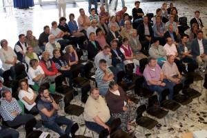 Rund 100 Bürgerinnen und Bürger aus Kall waren zur Ideenwerkstatt in die Aula der Hauptschule gekommen. Foto: Steffi Tucholke/pp/Agentur ProfiPress