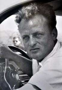 Peter Klein 1963 am Steuer seines Porsche-Carrera. Repro: Reiner Züll/pp/Agentur ProfiPress