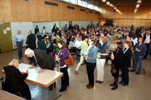 Die Lesung mit dem 71-jährigen Benediktiner-Pater Anselm Grün war der Kassenschlager des Eifel Literatur Festivals und mit 900 Zuhörern die bestbesuchte Veranstaltung in diesem Jahr. Foto: Helmut Gassen/ELF/pp/Agentur ProfiPress