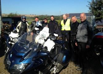 Einige Tourguides Eifel-Motorrad bei einer ersten gemeinsamen Tour durch die Eifel