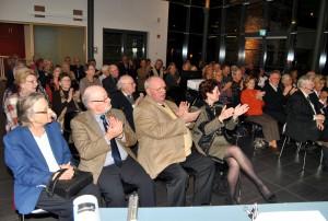 Das Publikum in der Mottenburg, dem Gästehaus des LVR-Industriemuseums Euskirchen-Kuchenheim, belohnte die beiden Vortragsredner mit langanhaltendem Beifall. Foto: Renate Hotse/pp/Agentur ProfiPress