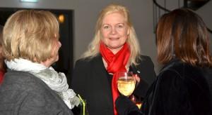 Margareta Ritter, die Bürgermeisterin der Stadt Monschau, ist auch Vorsitzende des renommierten Nordeifeler Literaturfestivals Lit.Eifel. Sie erwies gemeinsam mit über hundert anderen Literaturfreunden Werner Biermann bei der Hommage in der würdigen kurstädtischen Konviktkapelle die Ehre. Foto: Manfred Lang/pp/Agentur ProfiPress