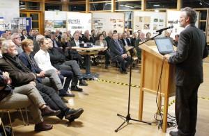 Hubert Kaiser, Leiter der nordrhein-westfälischen Landesforstverwaltung, versprach, dass die Landesregierung die Entwicklung der Branche mit konkreten Maßnahmen unterstützen möchte. Foto: Steffi Tucholke/pp/Agentur ProfiPress