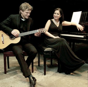 Der Gitarrenvirtuose Evgeny Beleninov und die Pianistin Eleonora Kotlibulatova geben ein Konzert in der Schlosskapelle Monschau. Foto: Privat/pp/Agentur ProfiPress
