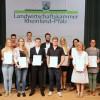 Absolvent/-innen der Grünen Berufe erhalten Abschlusszeugnis