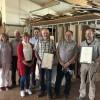 Schreinerei Schüller in Daun ehrt drei langjährige Mitarbeiter