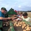 """Monatstreffen der Europa-Miniköche EIFEL zum Thema """"Kartoffeln"""" – Besuch beim Kapellenhof in Manderscheid"""